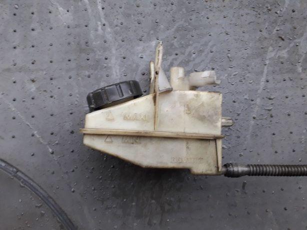 Бачек гур,тормозной жидкости Renault laguna espace