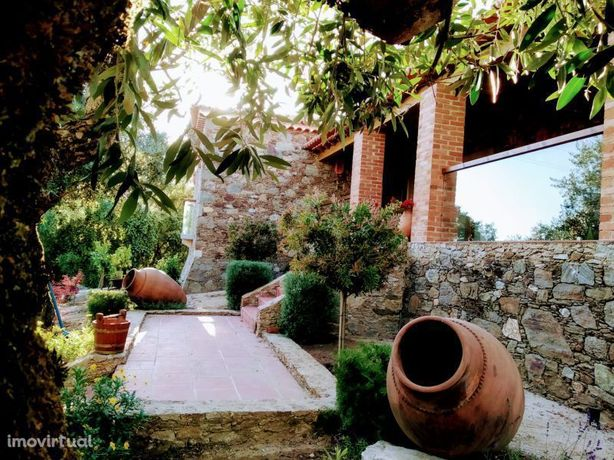 Moradia de sonho perto da cidade de Tomar e do lago do Castelo do Bode