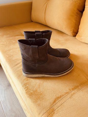 Buty zimowe, ocieplane, rozm. 31