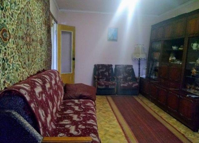 Продаём 4-комн квартиру в центре Беловодска. Цена снижена.