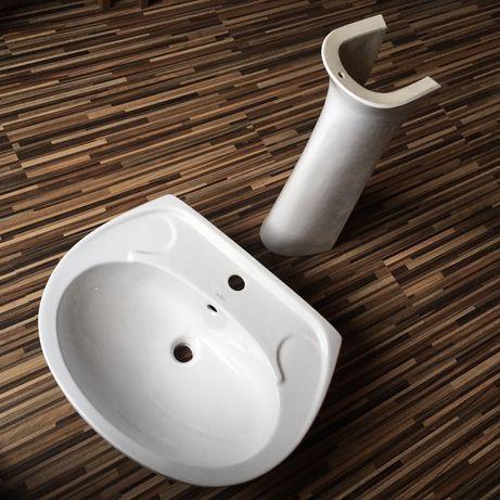 Umywalka z cokołem (nogą) Cersanit