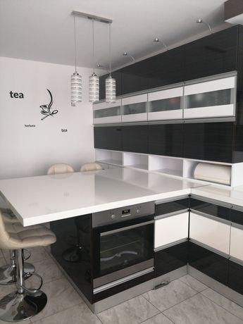 Kuchnia biała lakierowana w połysku
