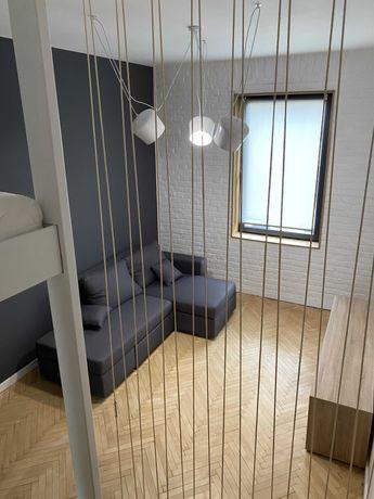 Однокімнатна квартира в центрі Львова з дизайнерським ремонтом.