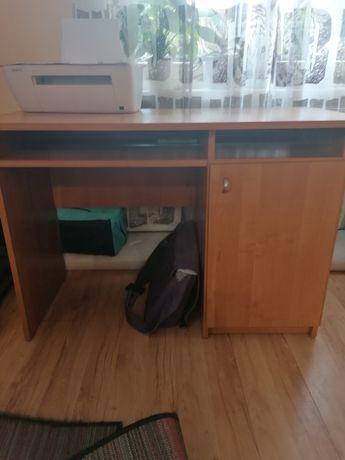 Biurko pod komputer lub laptopa