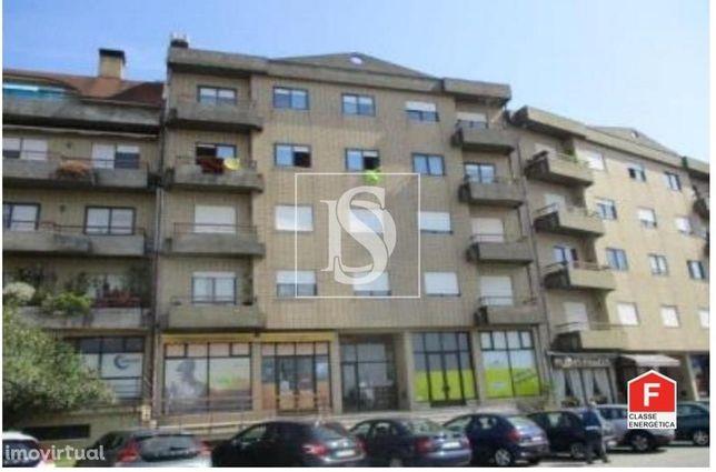 Apartamento T2 em Arrifana