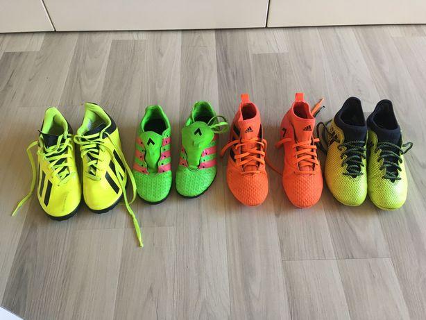 Buty do piłki nożnej.