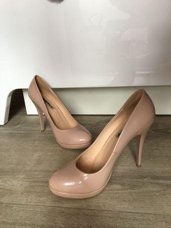 Продам туфли, 37р бежевые