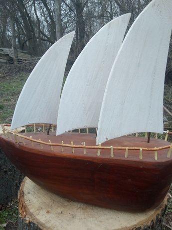Корабель! Декор для саду!