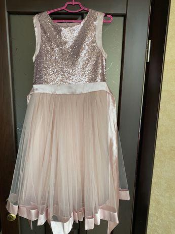 Чарівна сукня для дівчинки