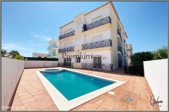 Apartamento T2 com piscina em Albufeira, Algarve