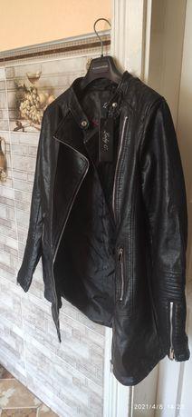Продам новий плащ-курточку з дуже якісного шкір-замінника, розмір M-L