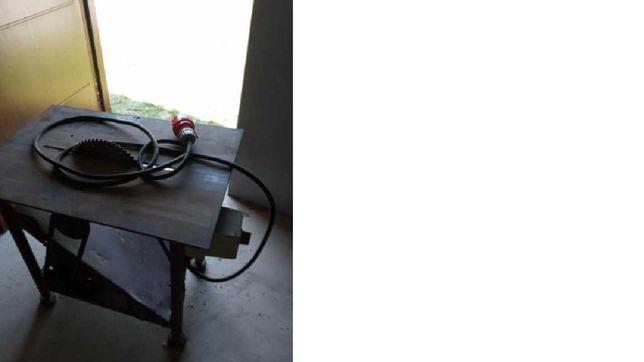 Piła tarczowa / stołowa z mocnym silnikiem