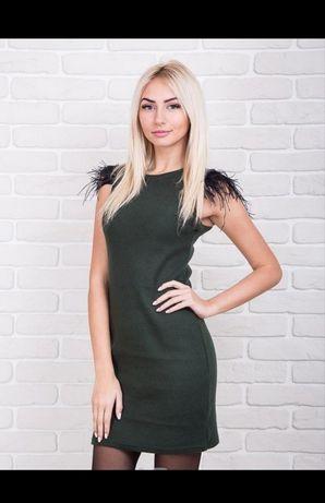 Новое эффектное трикотажное платье