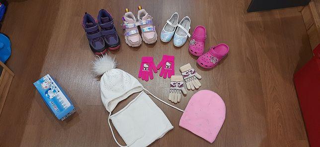 Обувь для девочки Термосапоги  босоножки сабо шапка снуд перчатки