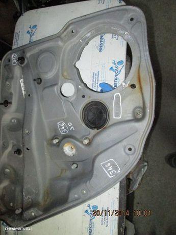 Elevador sem motor 1J5839755E VW / BORA / 2004 / 4P / TE /