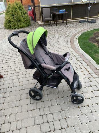 Дитяча коляска Кватро монза (прогулка)