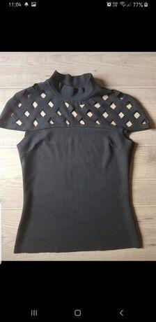 Czarna bluzka z dziurkami