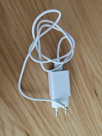 Carregador telemóvel micro USB