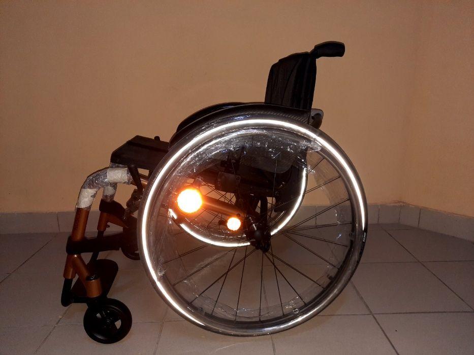 Активная инвалидная коляска K-SERIES Kuschall (Швейцария) Киев - изображение 1