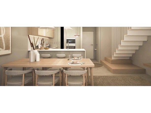 Espetacular apartamento T2 duplex em condomínio fechado c...