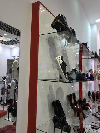 Продам оборудование для магазина женской одежды и обуви