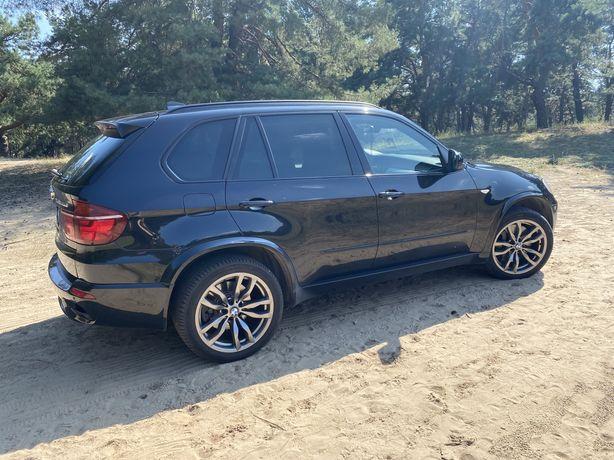 Продам BMW X5 M50D