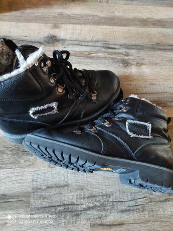 Шкіряні зимові ботинки