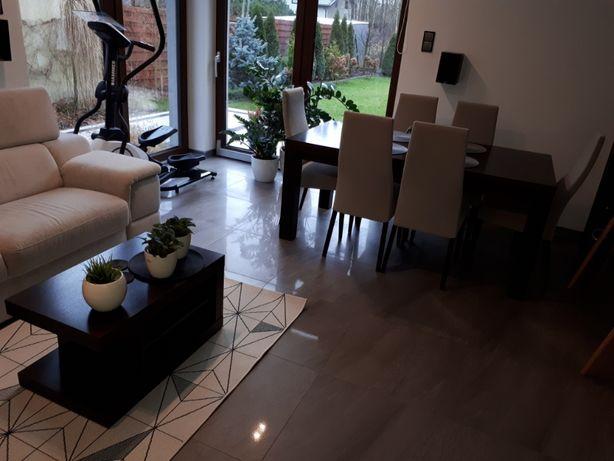 Komplet mebli Paged: stół, krzesła, stolik kawowy, szafka rtv