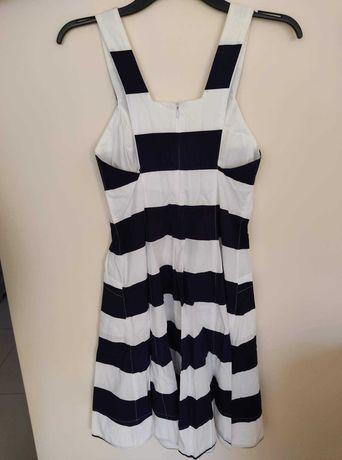 Śliczny sukienka firmy Lenny roz. S