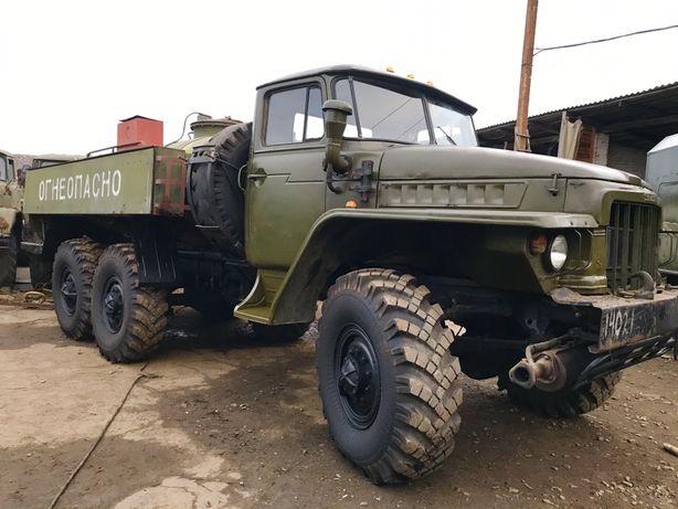 Урал 375 4320 Топливозаправщик