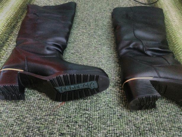 Шкіряні зимові чоботи 40 р