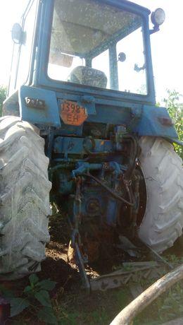 Трактор ЮМЗ-6 год выпуска 1992