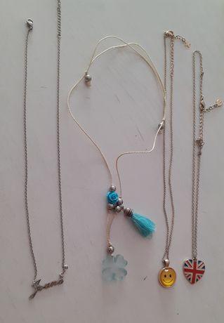Vários colares artesanais e marca Accessorize