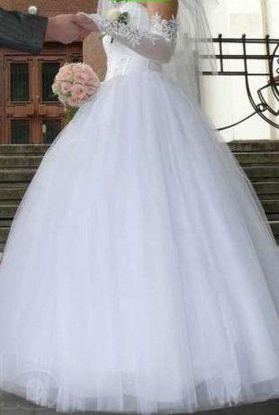 Свадебное платье не венчанное!!!