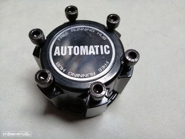 Cubos de tracção automáticos Nissan Navara D22