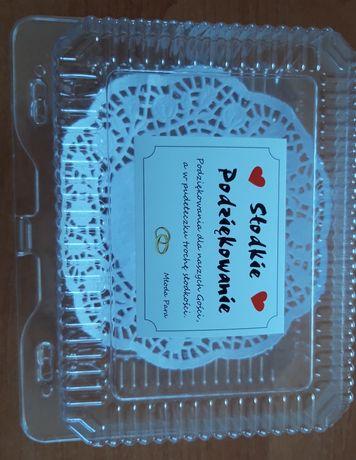 Pudełka na ciasto z serwetką