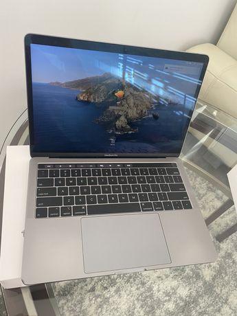MacBook Pro 13 2019 Space grey Custom i7/16/512, 156 циклів