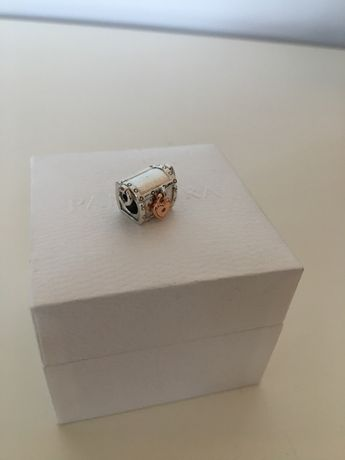 Charms kuferek klubowy 2019 do pandora