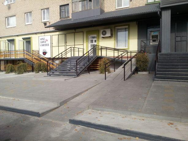 Аренда торговых площадей Соледар ул Карпинского 7