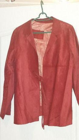Skórzana kurtka czerwona
