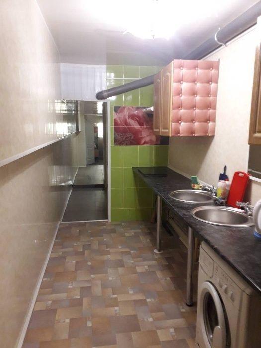 Койко-место в общежитии на метро Шулявская с коридорной системой-1