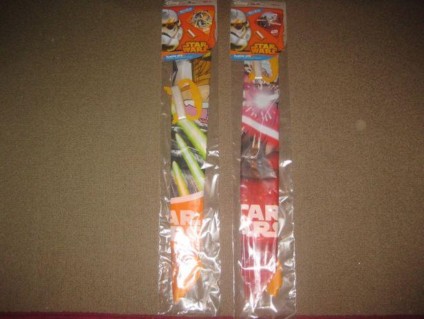 "2 Brinquedos Papagaios ""Star Wars"" Novos e Embalados!"