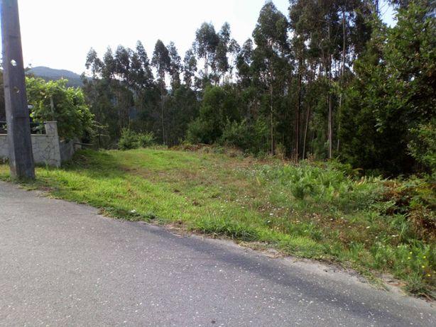 Terreno Rústico - com área de construção