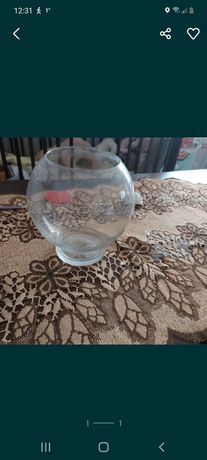 Akwarium  Kula  4 litry wody się miesci