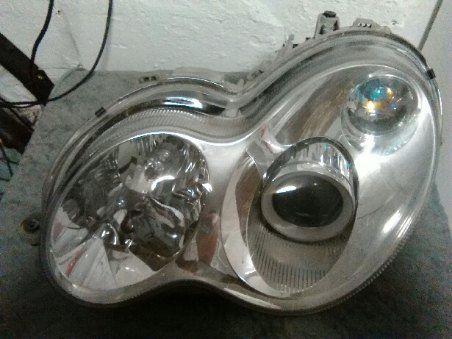 Lampa mercedes biksenon W 203 sedan kombi L.P.