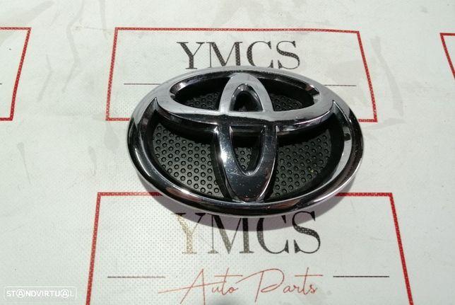 Simbolo Frontal TOYOTA AURIS HYBIRD YARIS ORIGINA