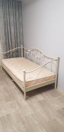 Кровать  металлическая 90/200