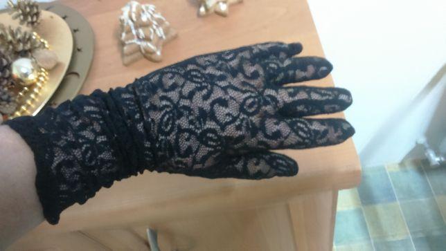 rękawiczki z koronki