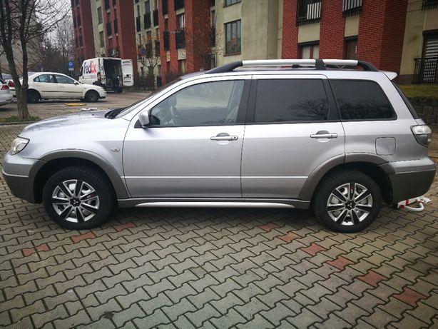 Sprzedam/zamienię SUV-a Mitsubishi Outlander 2005 r. 160 KM