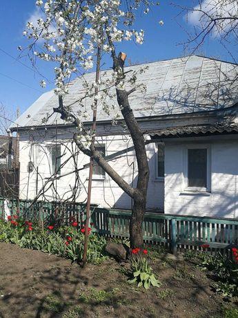 Продам будинок з надвірними побудовами та земельною ділянкою